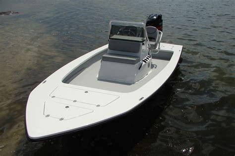 majek boat hulls majek xtreme 19 majek boats