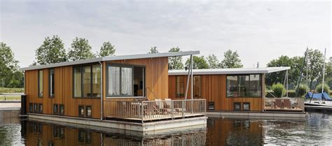 woonboot huren vakantie woonboot vakantie center parcs travelersmagazine nl
