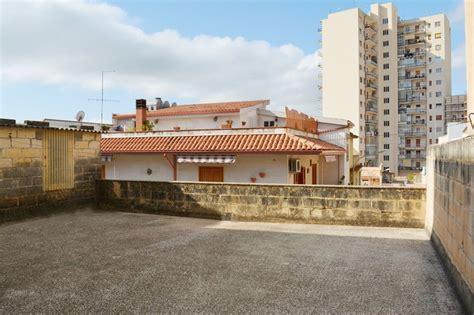 casa con terrazza casa con terrazza in vendita a noto sud est immobiliare