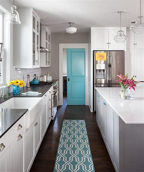 bright kitchen ideas best 25 aqua kitchen ideas on coastal