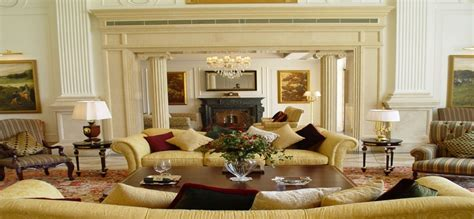 Fancy Living Room Furniture by Luxury Living Room Furniture Interior Design Decor Ideas