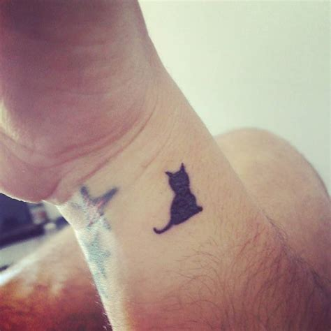 tiny cat tattoo black cat tattoos designs ideas and meaning tattoos for you