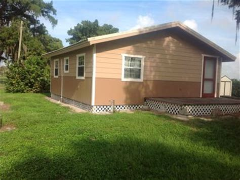 Cabin Rentals Lake Okeechobee by Lazy Living Country Cabin In Community Of Vrbo