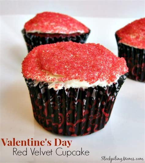 valentine s day velvet cupcakes