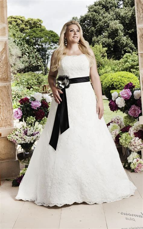 Best Wedding Dress Style For Plus Size Apple Shape Wedding