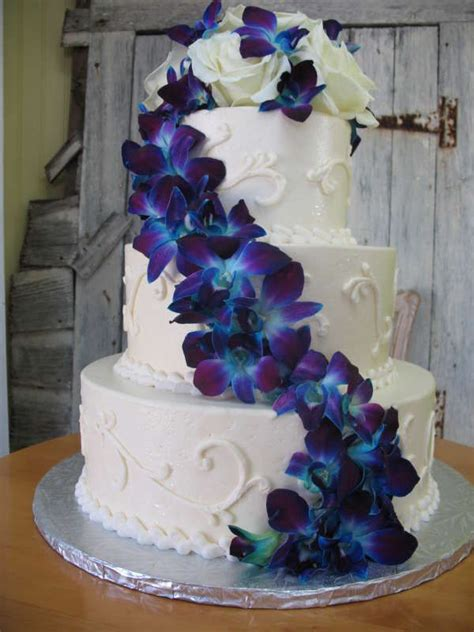 blue wedding cakes with flowers best 25 wood wedding cakes ideas on rustic