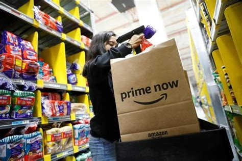 amazon in singapore taking on alibaba amazon launches prime now in singapore