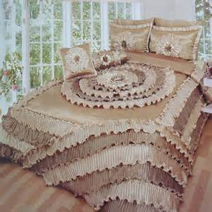 Popular Bed Sets The Most Popular And Stylish Wedding Bedding Sets Fashion Dresses