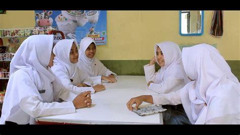 film pendek yg hot persahabatan yg dipertanyakan sebuah film pendek karya