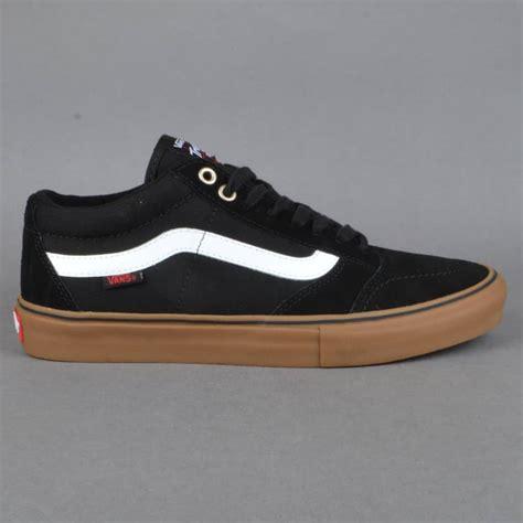 black and white skate shoes vans tnt sg skate shoes black white gum skate shoes