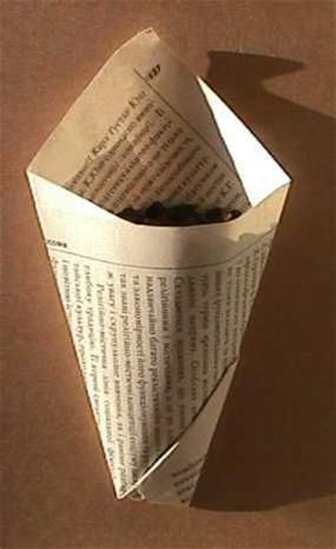 How To Fold Paper Into A Cone - 25 best ideas about paper cones on