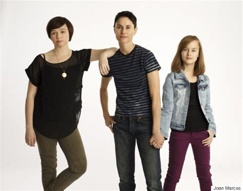 fun house musical fun home brings lesbian protagonist to broadway for the first time huffpost