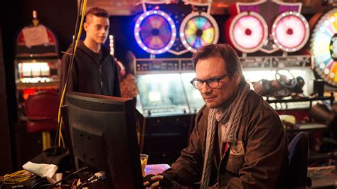 film robot vali mr robot usa sets online preview strategy to drive