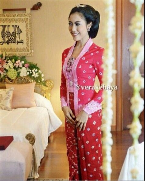 Set Floria Dusty Pink Kebaya Kain Kutubaru Kebaya Modern Kain Lilit 308 best images about baju kurung moden kebaya on fashion search and peplum