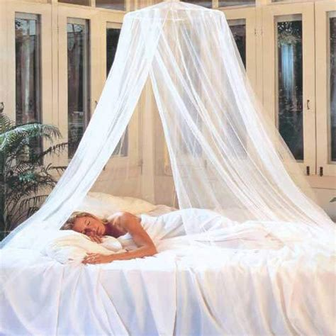 make a bed canopy how to pull off diy bed canopies curtain bath outlet news
