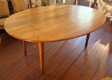 Oval Farmhouse Table by 19th Century Oval Drop Leaf Farm Table At 1stdibs
