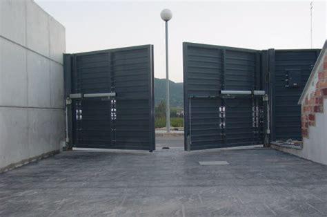 puertas garajes automaticas puertas autom 225 ticas de garaje batientes eninter