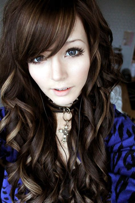 brunette hairstyles wiyh swept away bangs 1000 ideas about curly long bangs on pinterest layered