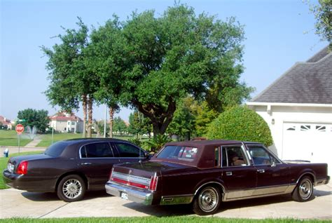 1988 lincoln town car reviews panther week comparison 1988 vs 2006 lincoln town car