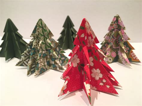 origami xmas decorations a diy how to make origami decorations