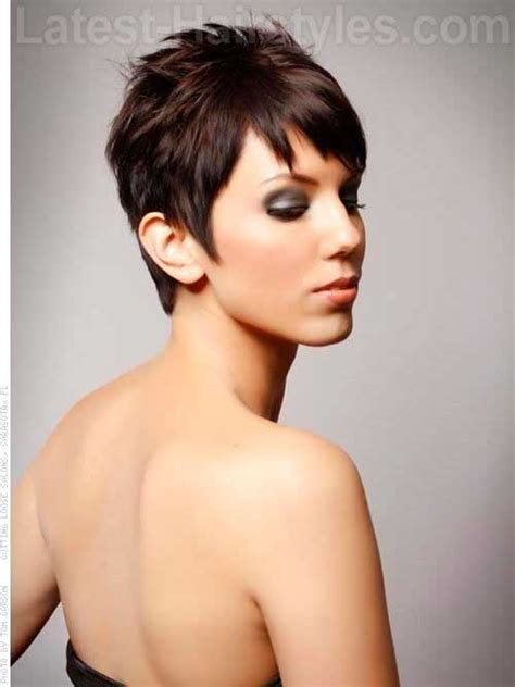 cutting shorter pieces of hair near the face 14 great brunette pixie hairstyles pixie cut 2015