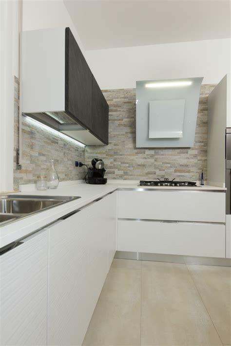 pavimenti cucine moderne pavimenti cucine moderne idee di cucine moderne con