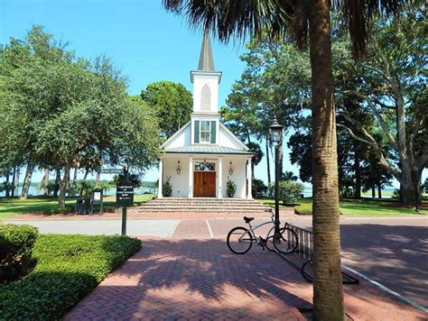 tom jackson bluffton sc chapels and places of worship within master planned