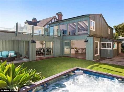 jordan belfort house leonardo dicaprio sells beach house for 17 35m making a staggering 11 35m profit