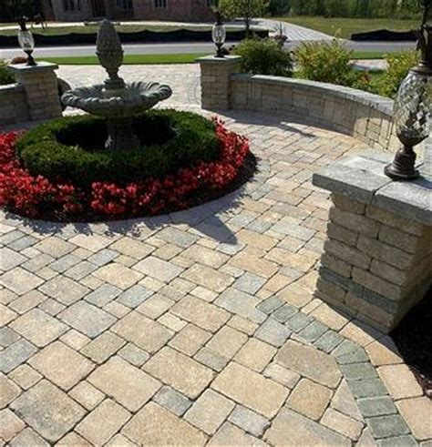 Brussels Block   Pavers   Pavers & Retaining Walls   Niemeyer's Landscape Supply   Northwest Indiana