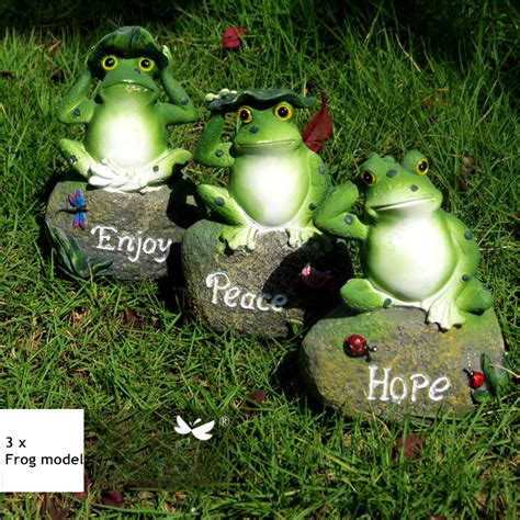 Frog Garden Decor Aliexpress Buy 3pcs Lovely Resin Frog Sitting On Statue Figurine Model Outdoor