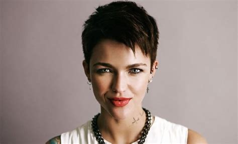 ruby rose cutting hair video pixie haircut archives page 2 of 3 hair world magazine