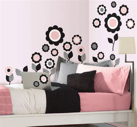 desain dinding kamar tidur hello kitty contoh gambar rumah hello kitty gambar con