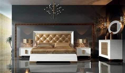 white and gold bedroom set lux 12 bedroom set in white gold by franco furniture i