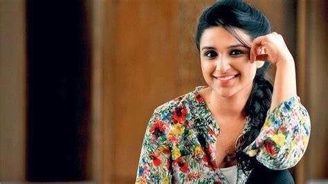 priyanka chopra all hindi movie list upcoming movies of parineeti chopra 2017 2018 with release