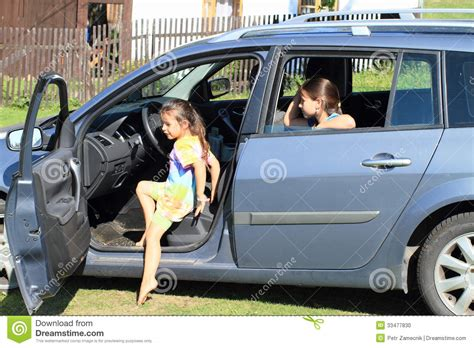 leaving in car leaving a car stock photo image 33477830