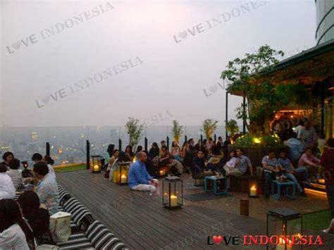 bca jl riau bandung skye menara bca love indonesia