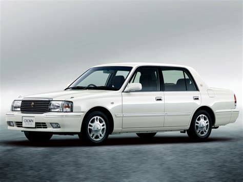 toyota crown comfort toyota crown comfort sedan c cars simply white pinterest