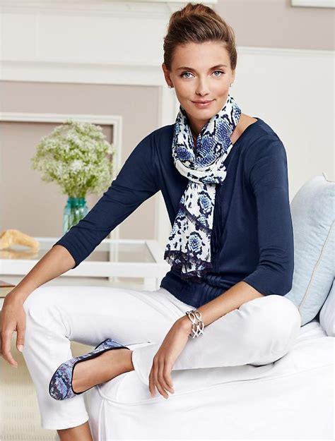 clothes to wear for a women in mid 30 classic look mujer joven de 50 a 209 os y su estilo
