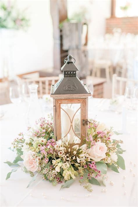 Wedding Lanterns by 25 Best Ideas About Rustic Lantern Centerpieces On