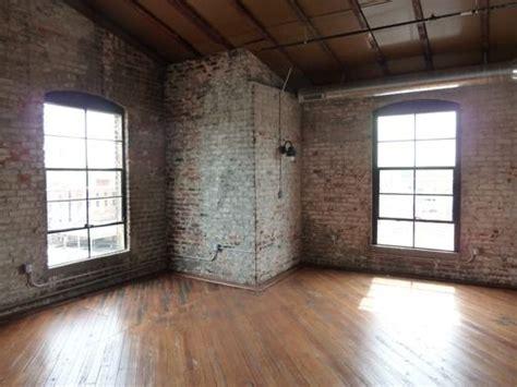 wohnung leer empty loft studio apartment rooms to view