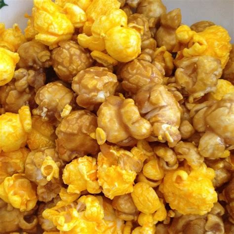 Garret Popcorn Chicago Mix Caramel Crisp Cheese Corn Small 87 best images about garrett popcorn shops on popcorn tins singapore and cakes