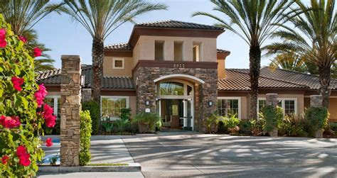 4 bedroom houses for rent in san diego leasing office at del rio apartments superb 4 bedroom