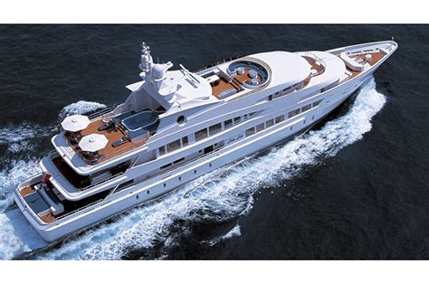 best florida boat shows six of the best at florida boat show yachting