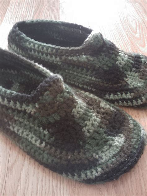 crochet pattern mens socks crochet men s slippers tutorial crochet slippers