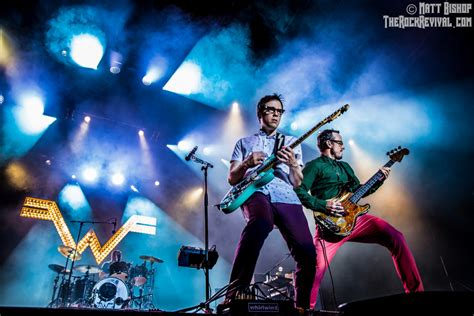 weezer  panic   disco announce  summer   rock revival
