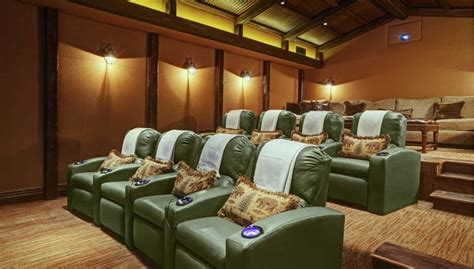 La Movie Theater With Couches 28 Images Contemporary