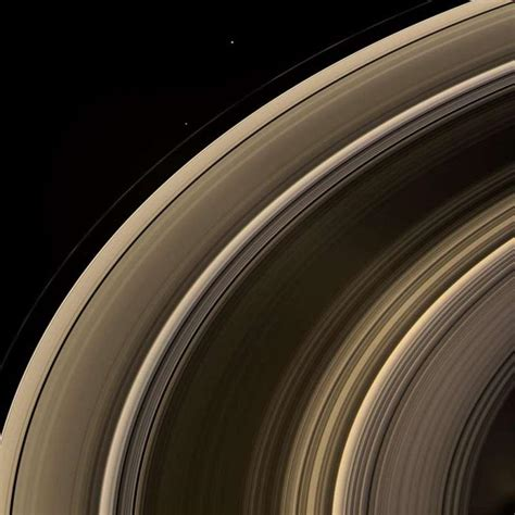 rings saturn planet saturn ring system