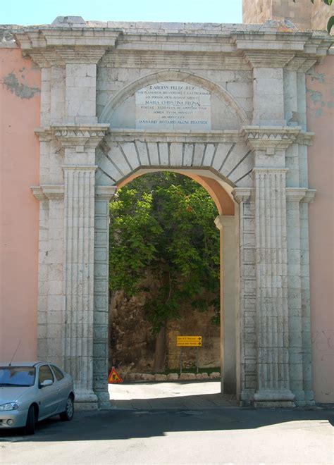 porta cagliari file cagliari porta cristina jpg wikimedia commons