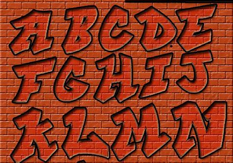 lettere da graffiti graffiti letters free photoshop brushes at brusheezy