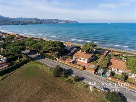 sul mare in vendita villa sul mare in vendita all argentario